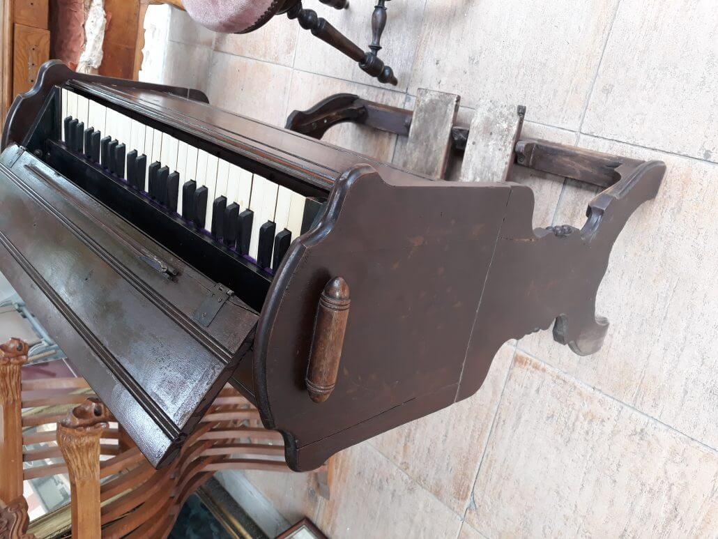 Eski Piyano Aleti